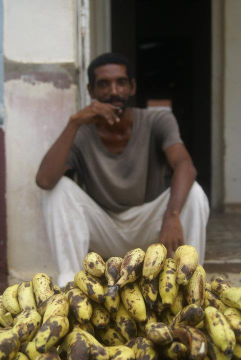 Prodavač banánů v Trinidadu