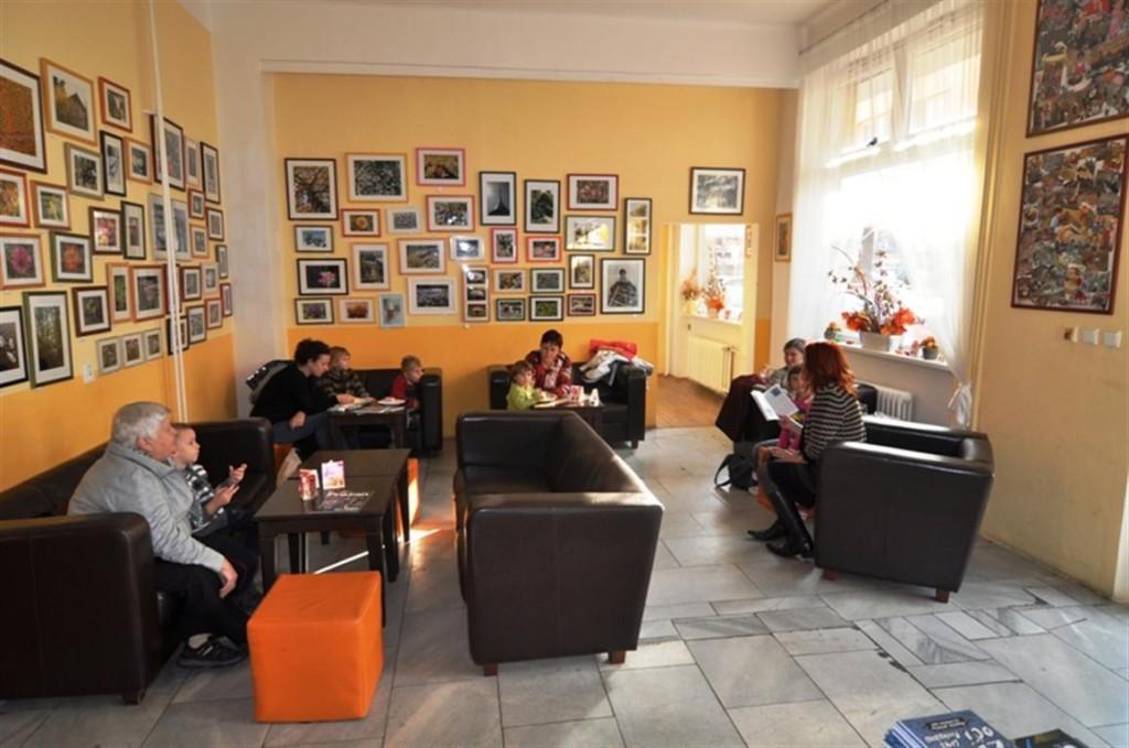 Čtení pohádek v kavárně Nádherné úterý